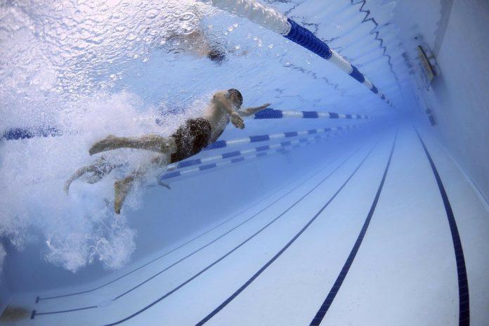 úszás uszoda